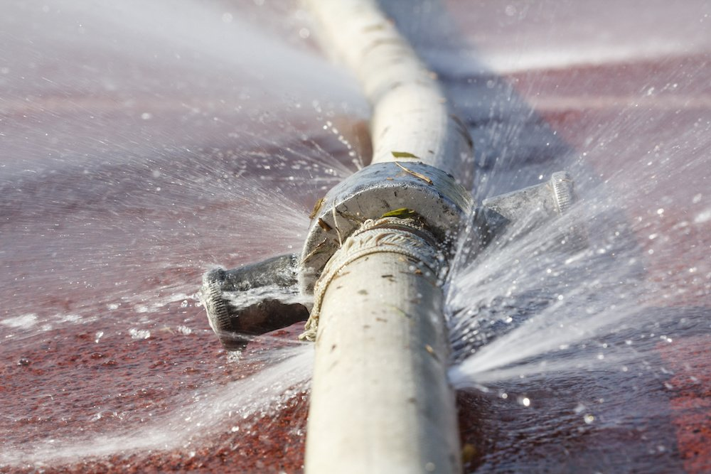 4 Reasons Why You Should Contact A Professional Plumber